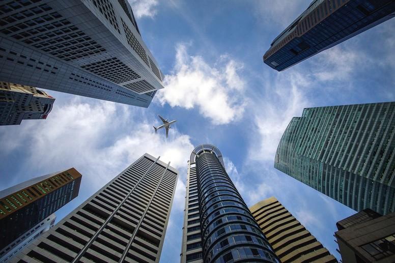 7b5e0edf skyscraper 3184798 1920