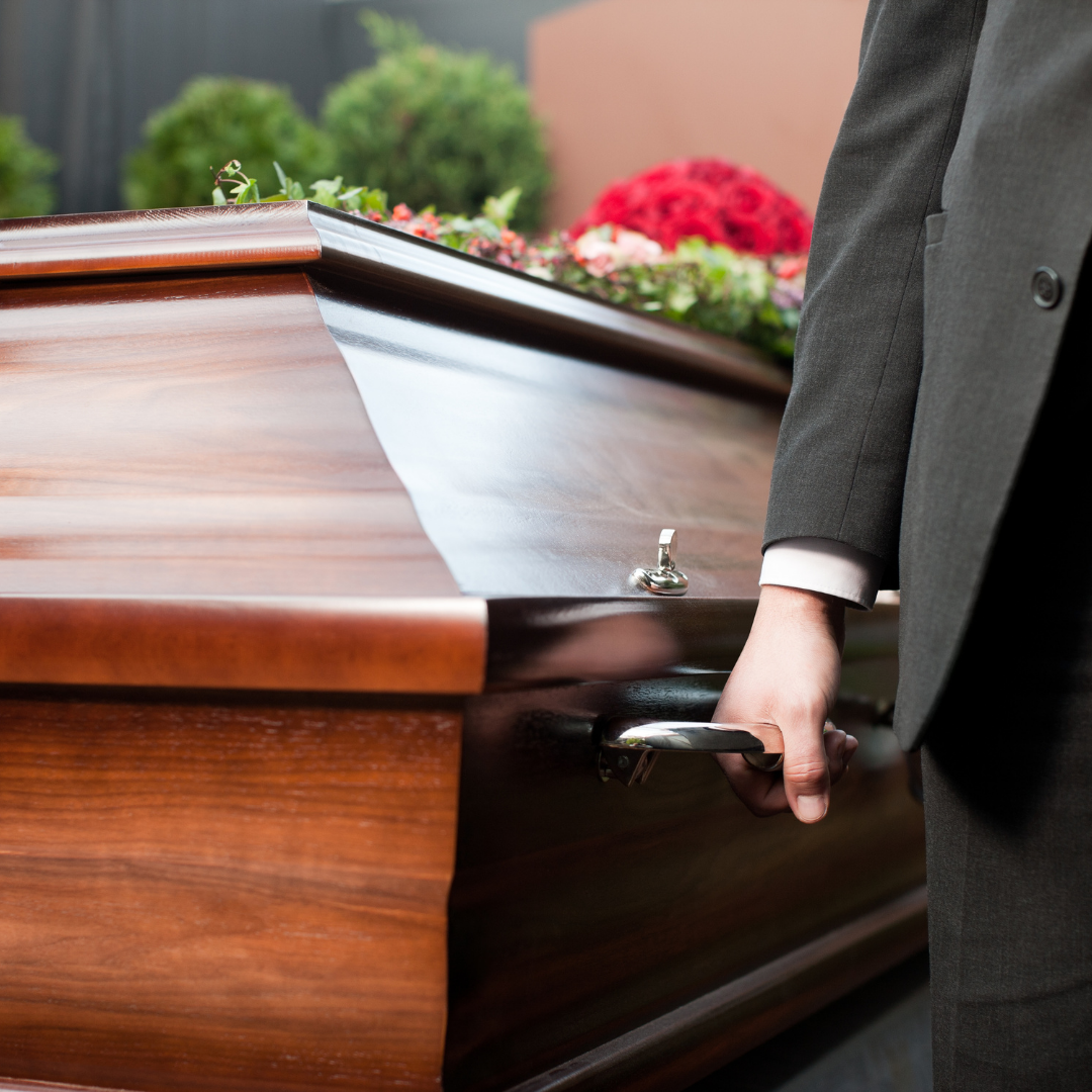 b82511e8 funeral1