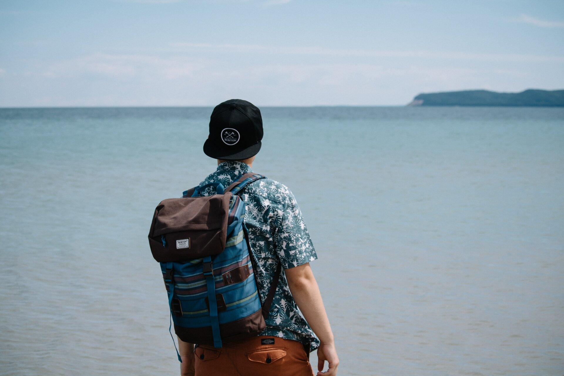backpacker - tRAVELURE
